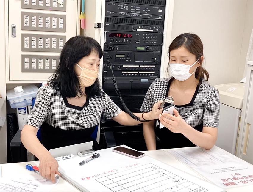 ご長寿クイズ大会 〜老人ホームのフロアがクイズ会場になった!〜
